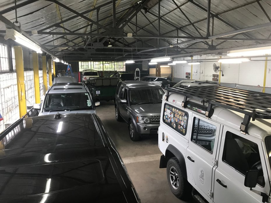 land rover repair center